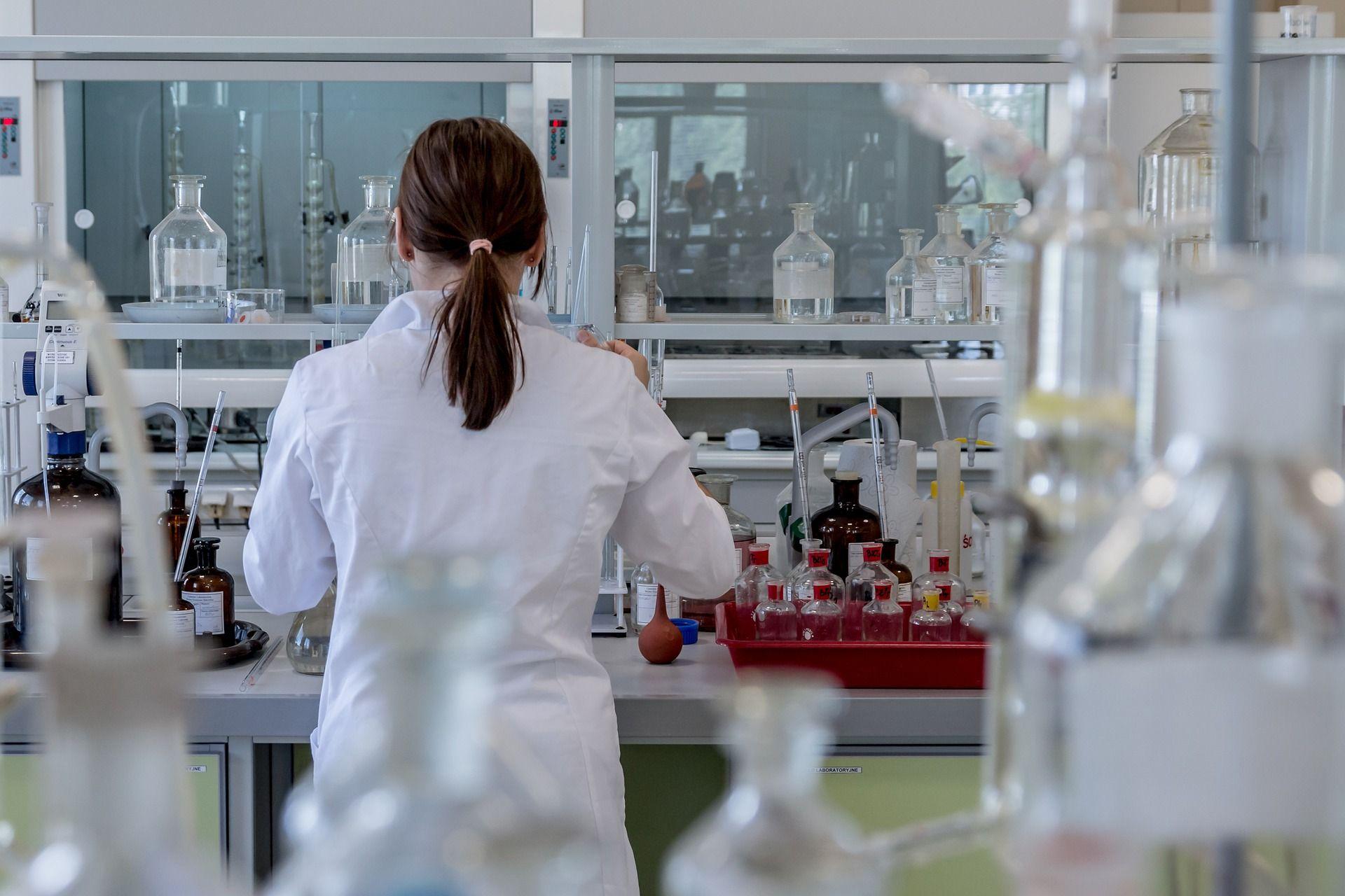 Investigadores del Centro Nacional de Investigaciones Cardiovasculares (CNIC) han identificado un posible tratamiento para la enfermedad de Alzheimer.
